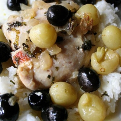 Pollo El Greco- Chicken with Olives and Grapes