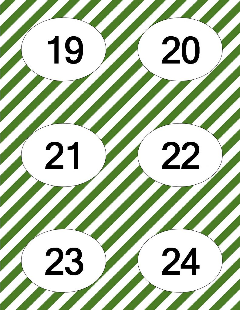 Simple, quick, and easy Christmas Advent Calendar with free printables!