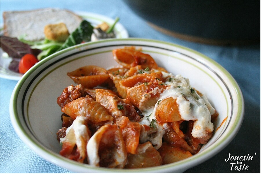Classic flavors of lasagna are combined in this one-pot 30 minute meal that is easy enough for a quick weeknight meal. #SimmeredInTradition #Homestyle #Ragu