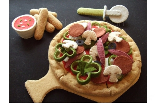 felt pizza on a pizza board with breadsticks